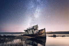 MP0010-abandoned-beach-boat-1150978