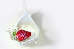 MP0156-fruit-milk-splash-2064357